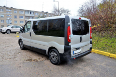 opel-vivaro-passazhirskie-do-3-5-t (1)